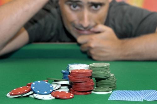 joueur perd partie poker