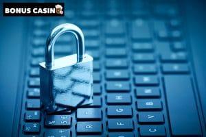 Casino extra confiendetialité, cadenas sur clavier