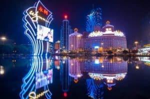Vue la nuit sur Macao - Casinosansdepot.net